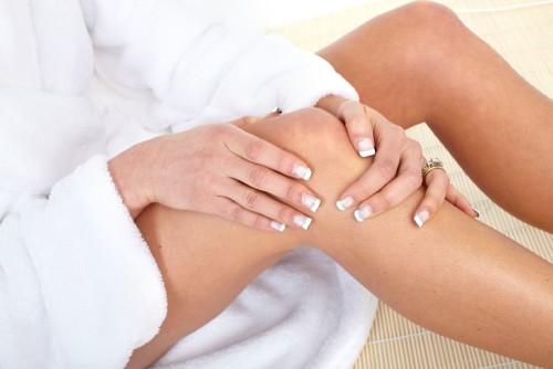 Артрит коленного сустава: лечение действенными способами
