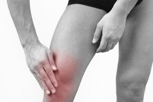 Отечность и покраснение коленного сустава