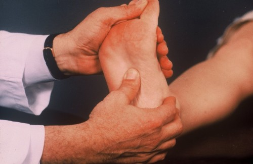 Шпора на пятке: методы лечения