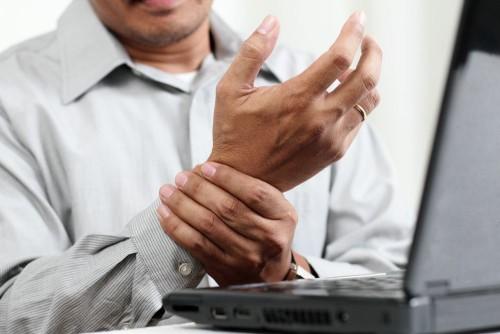 Симптомы и лечение ревматоидного полиартрита