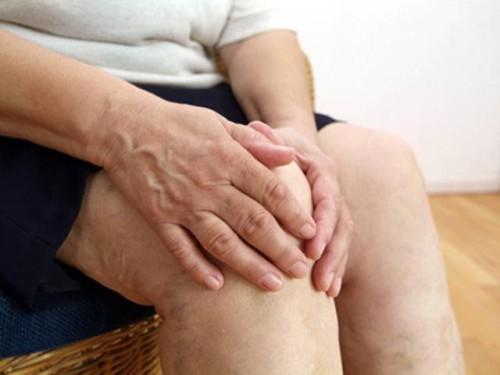 Боли в области колен