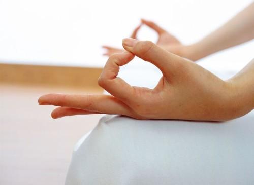 Болезни при которых болят пальцы рук