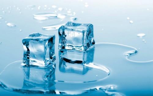 В случае боли из-за травмы поможет обыкновенный лед!