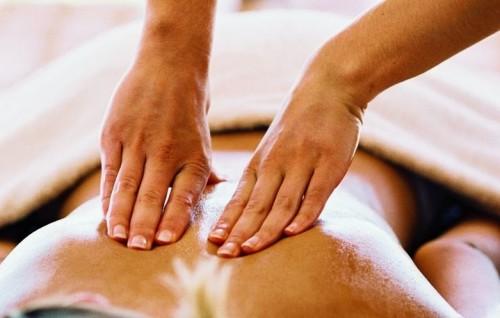 Как лечить остеохондроз в домашних условиях: подборка эффективных методов