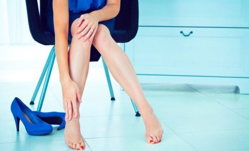 Ниже колен болят ноги