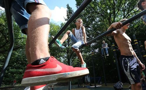 Вопреки мнению большинства, даже подростки подвержены болезням коленей!