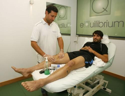 Травма разрыв связок колена