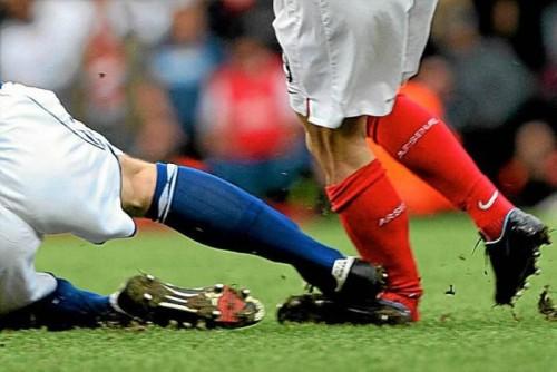 Профессиональные спортсмены подвергаются риску из-за многочисленных травм!
