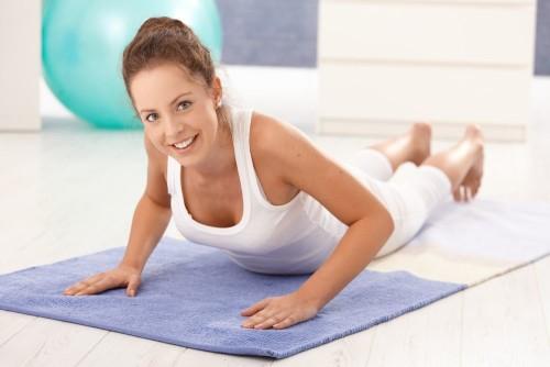 Если нет противопоказаний, то лечебная физкультура поможет Вашим суставам вернуть прежнюю форму!